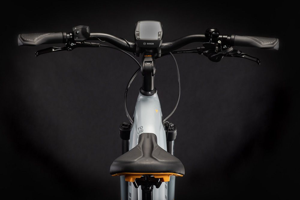 VAE Cube Touring Hybrid Pro 625 - 2021